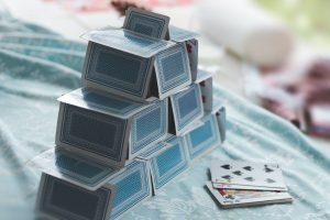 house of cards on bedding